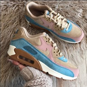 c4768c1a3704 Nike Shoes - NWT Nike Air Max 90 LX pony